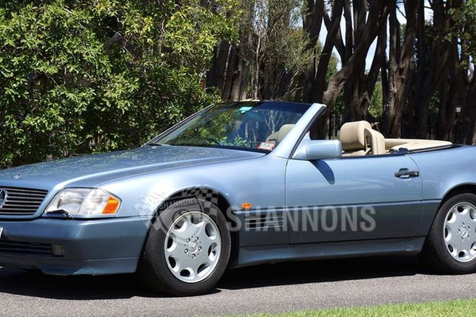 Sold mercedes benz 500sl r129 convertible auctions for 90s mercedes benz