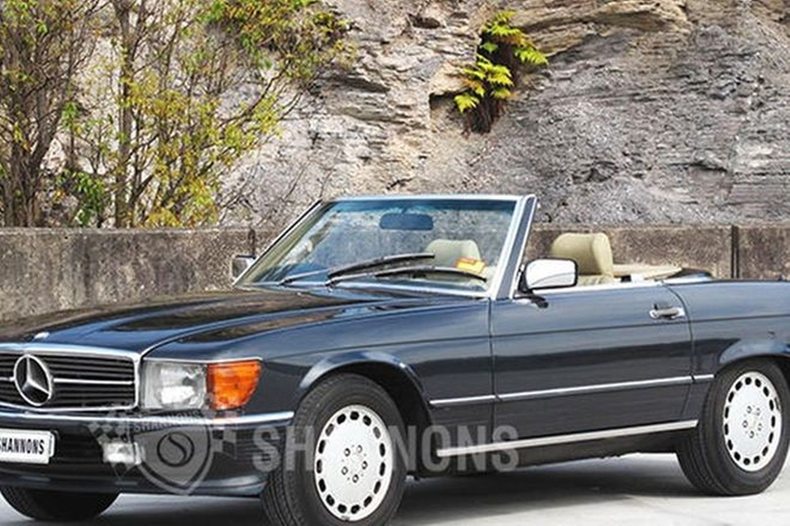 Sold mercedes benz 300sl convertible auctions lot 3 for Mercedes benz sl convertible