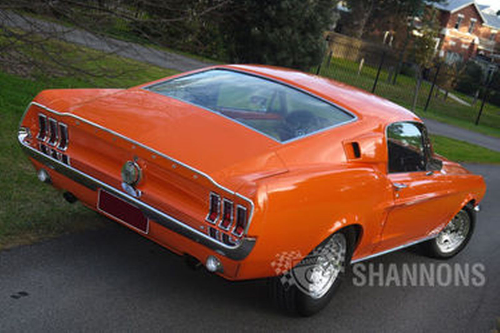 Ford Mustang Fastback (LHD)