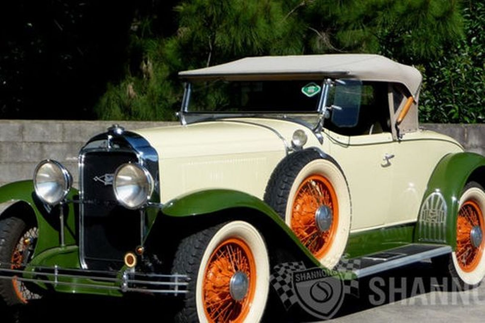 Sold: Buick 29-44 Silver Anniversary \'6 Wheel Equipped\' Roadster ...