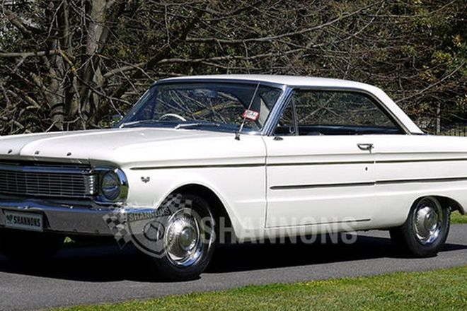 Ford Falcon XP Futura Coupe