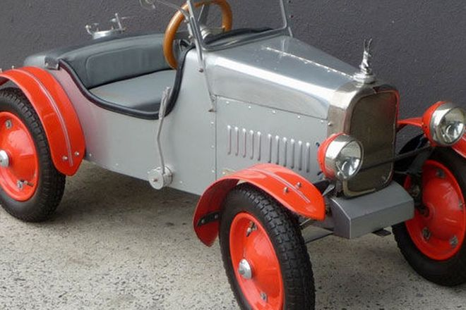 Childs Pedal Car - 1929 Alvis Replica 12/75 Hand Crafted - 140cm long (Scale: 1:3)