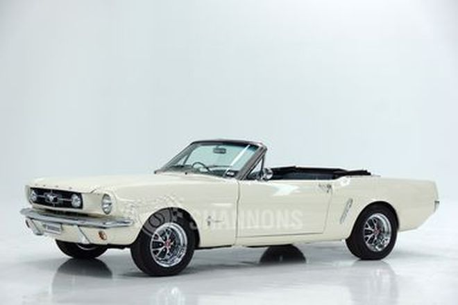 Ford Mustang Convertible (RHD)