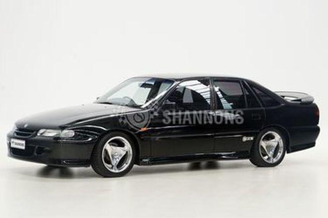 Holden HSV VS GTS Sedan (Build 001)