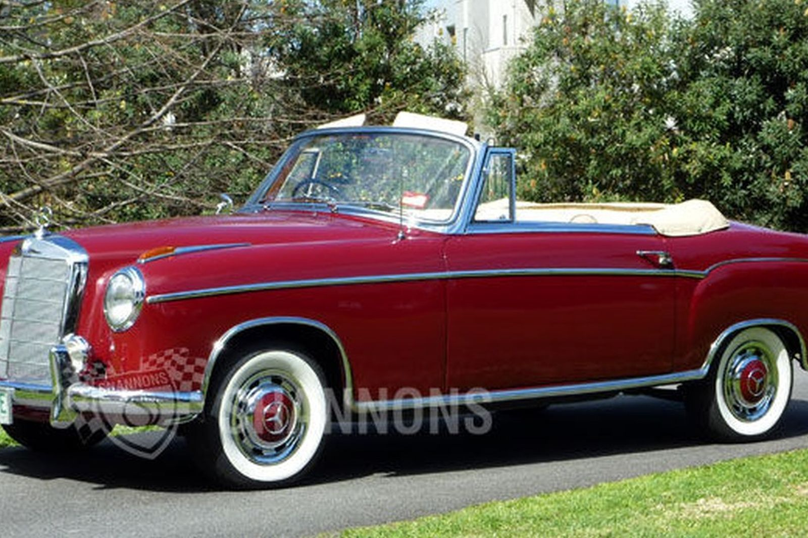 mercedes benz 220s 39 ponton 39 cabriolet auctions lot 18 shannons. Black Bedroom Furniture Sets. Home Design Ideas