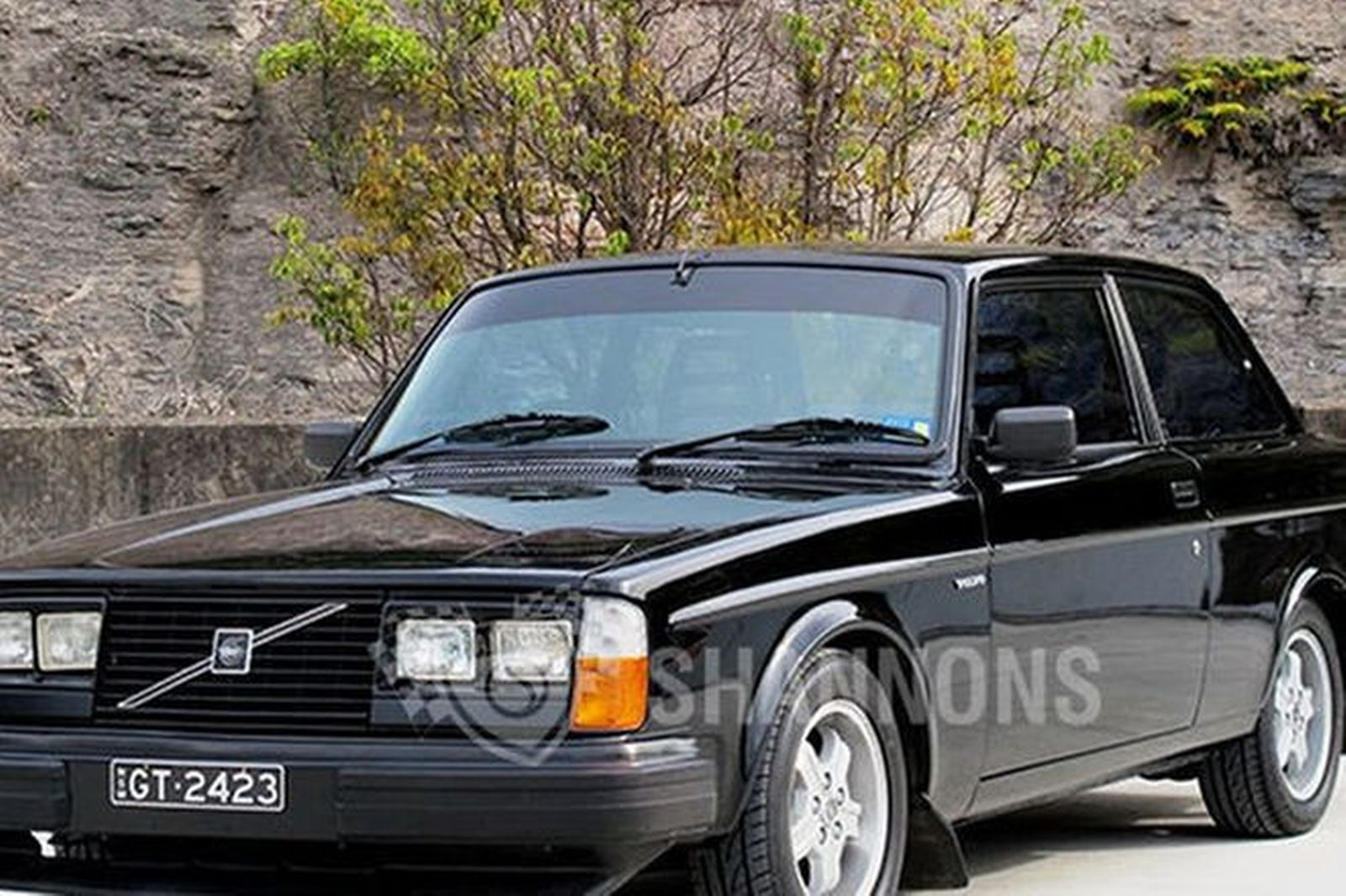 Sold: Volvo 242 GT Coupe Auctions - Lot 1 - Shannons