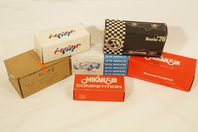 Model Kits x 6 - Jaguar 1963, XJ-C 1976, C-Type, C-Type, Jaguar, Team T XJR6 Spa 1985 Resin