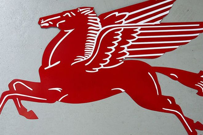 Sign - Reproduction Pegasus Flying Horse (approx 4 ft long)