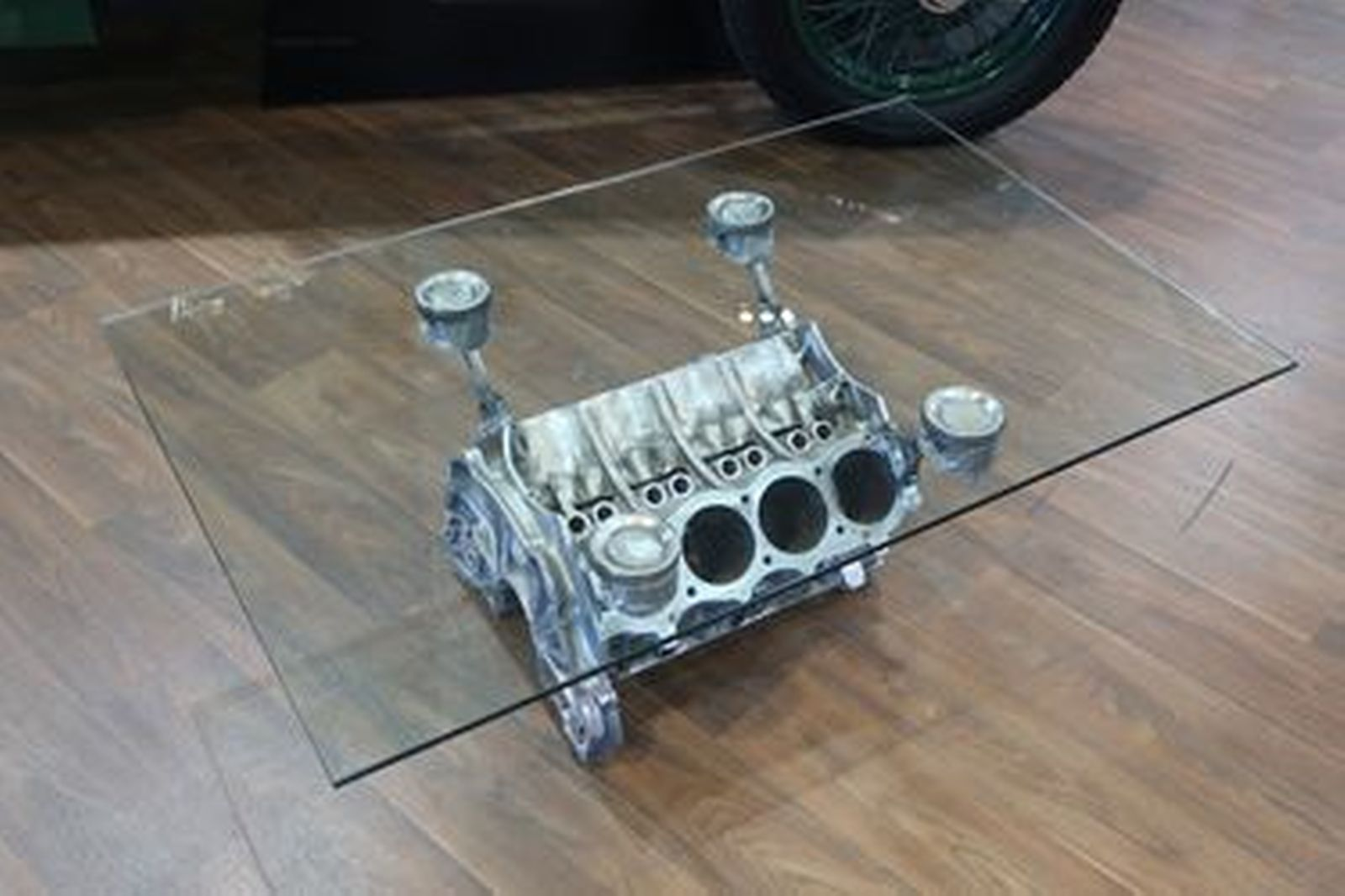 Coffee Table - Rover V8 Engine Block with 10mm Bevelled Edge Glass Top (123 x 80cm)