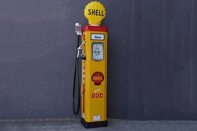 Petrol Pump - c1950s Wayne AS70 in Shell Livery with Acrylic Globe (Restored)