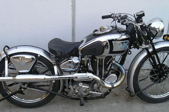 AJS 38/19 Silver Streak  500cc  Motorcycle