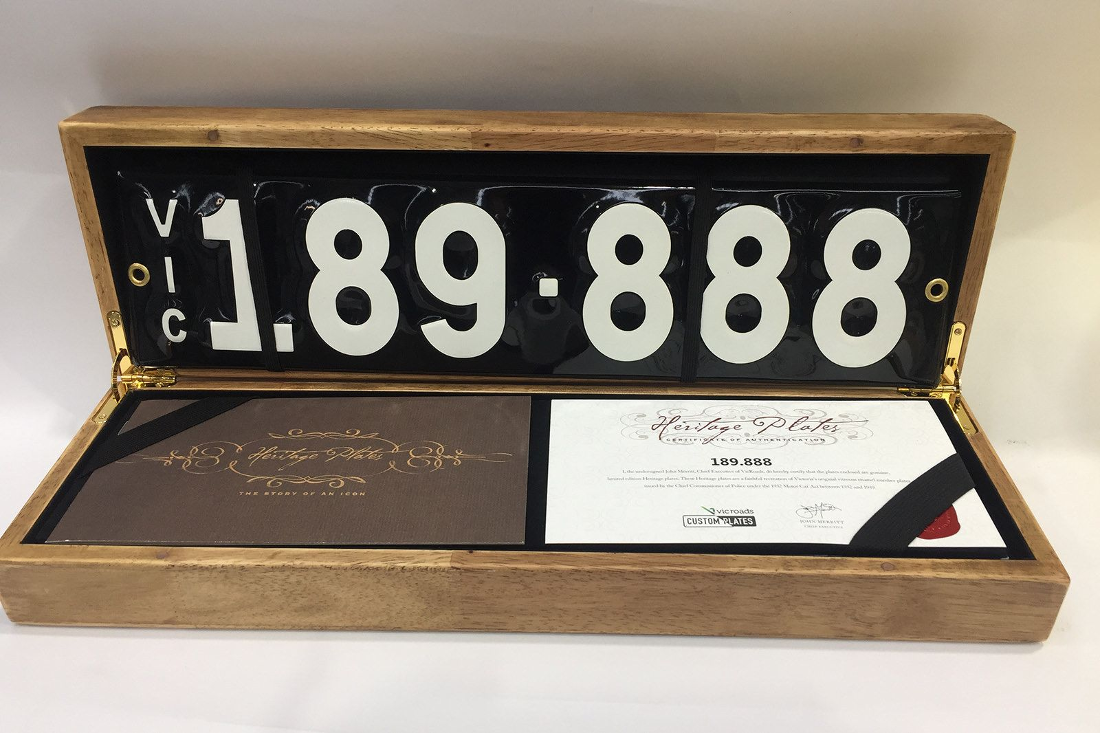 Victorian Heritage Number Plate '189.888'