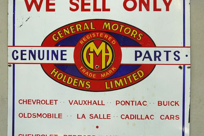 Enamel Sign - General Motors Parts (76 x 71cm)