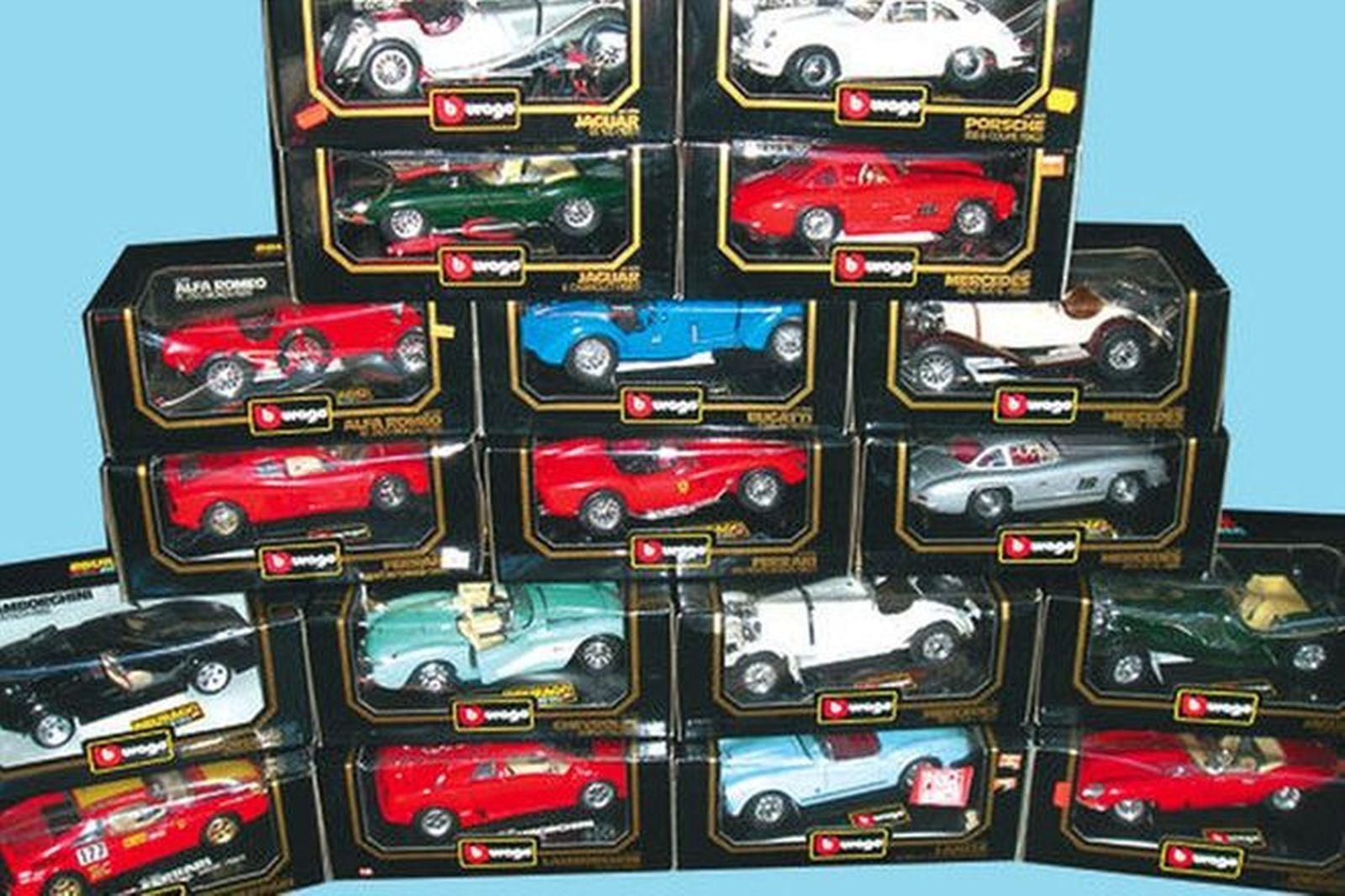 Model Cars - 18 x Burago ( 1:18 Scale)