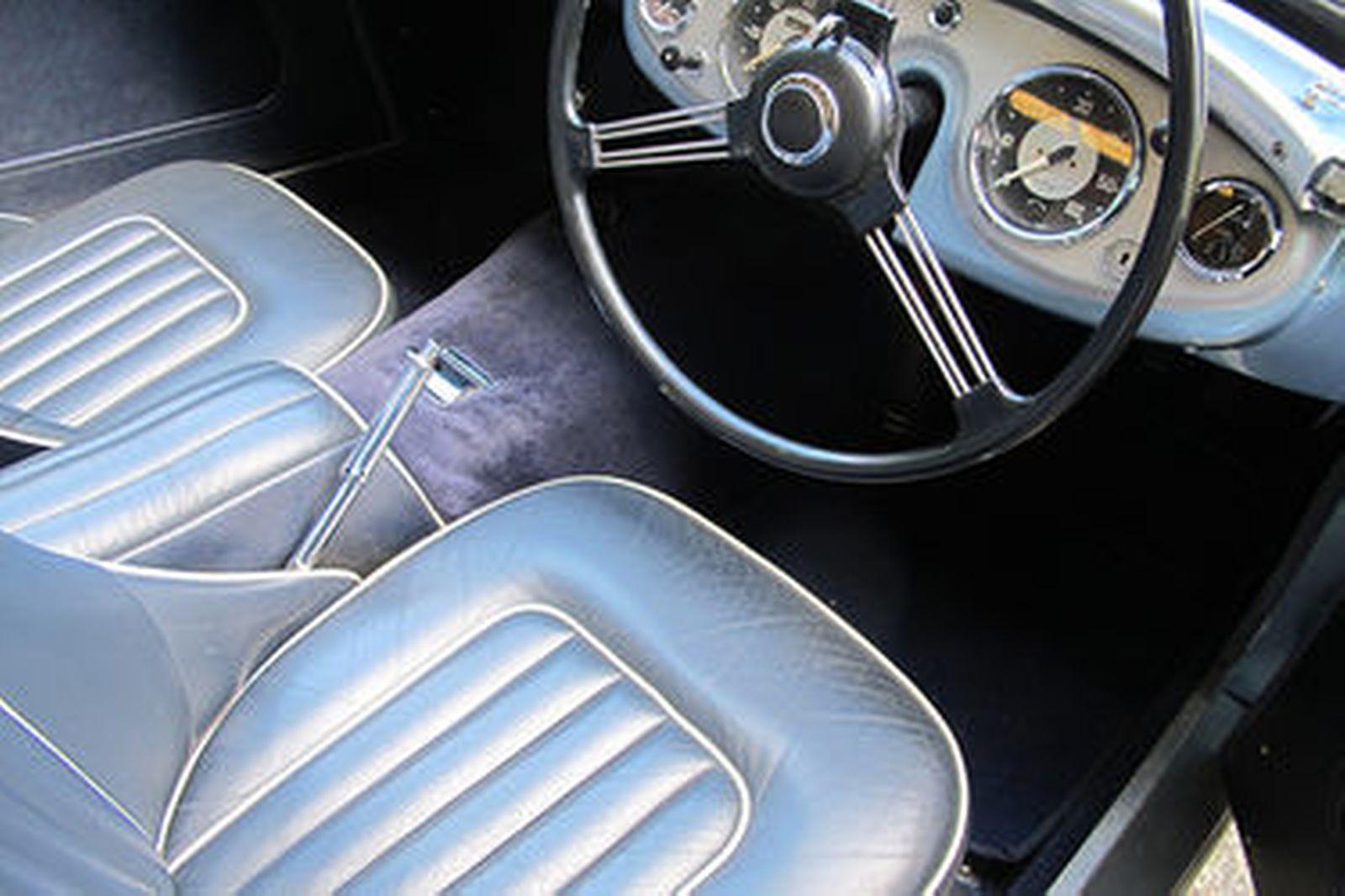 Austin-Healey 100/4 BN1 Roadster