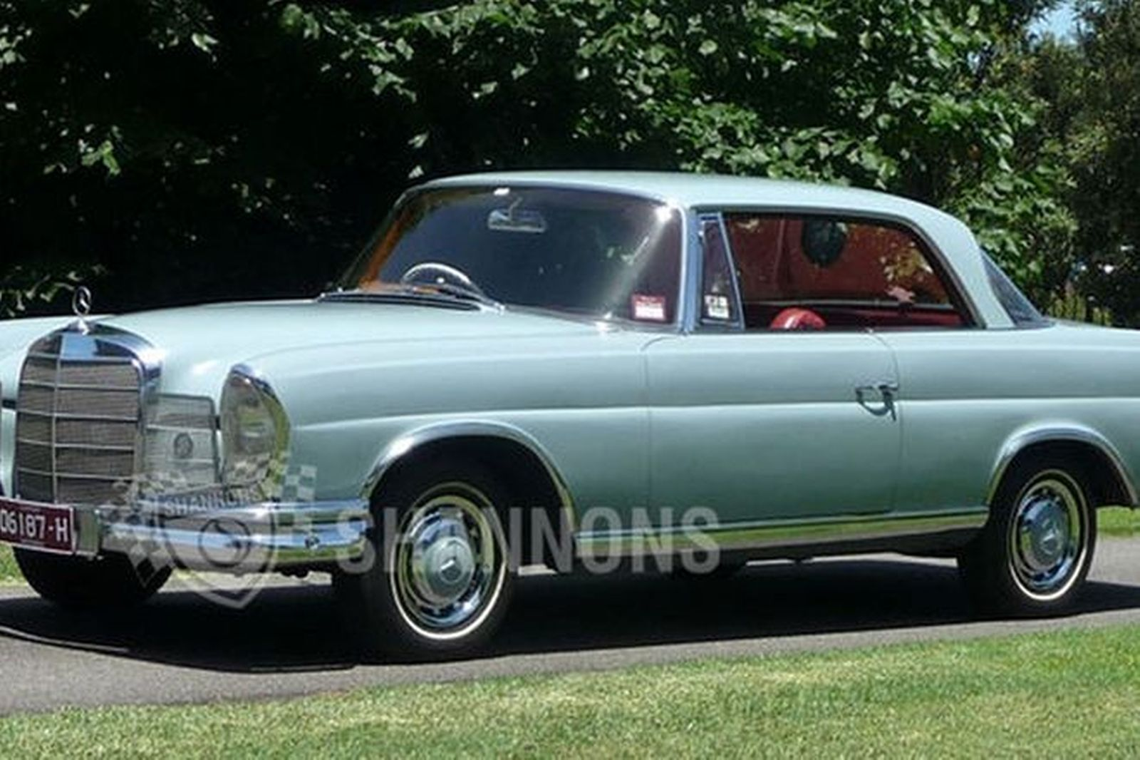 sold mercedes benz 220se coupe auctions lot 10 shannons. Black Bedroom Furniture Sets. Home Design Ideas