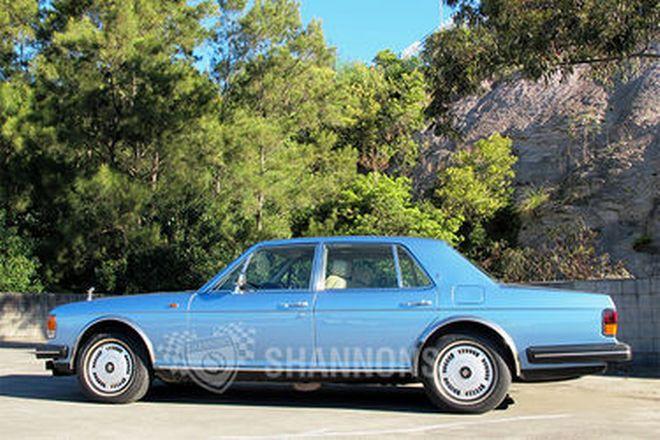 Rolls-Royce Silver Spirit Saloon