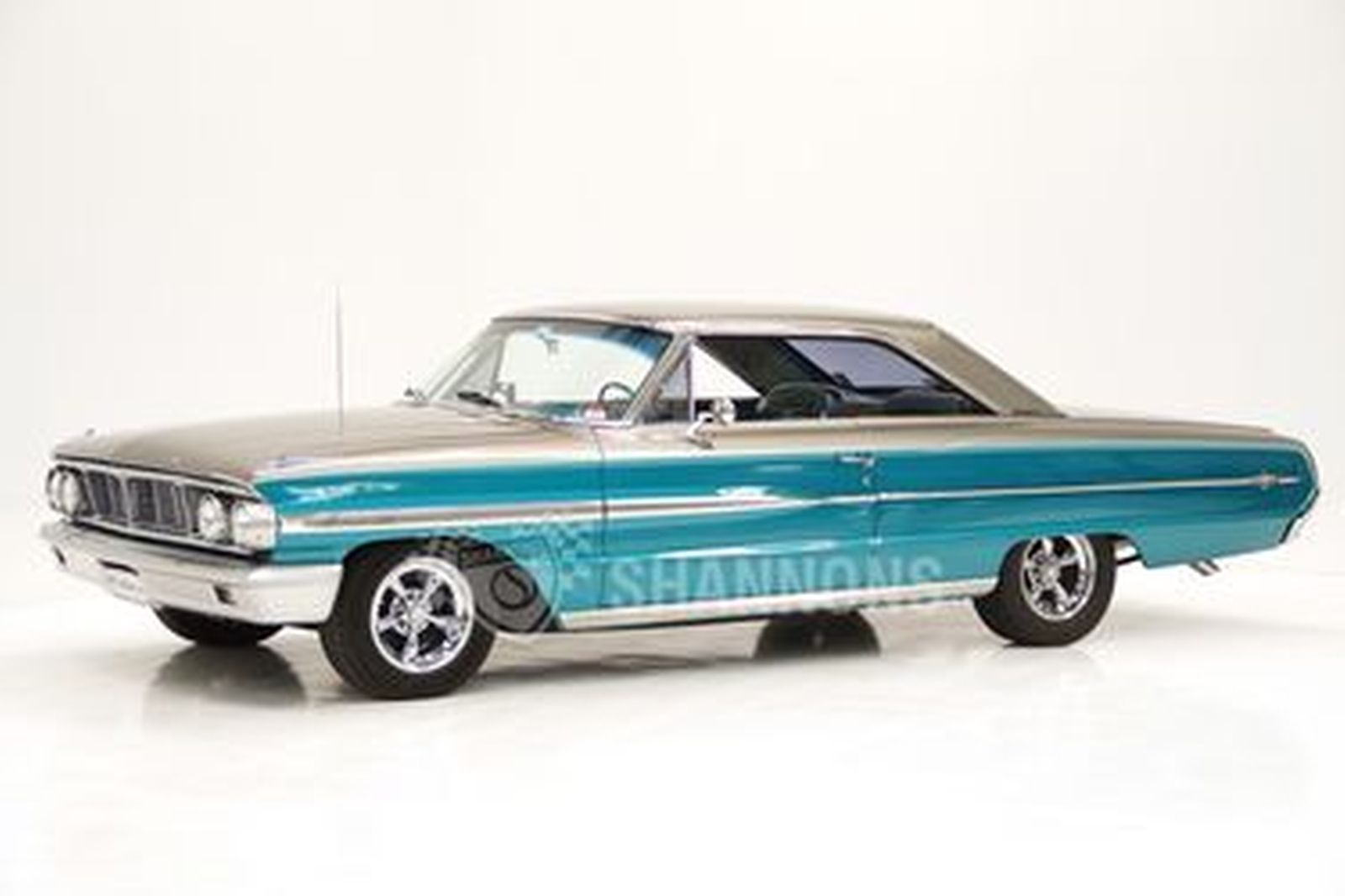 Ford Galaxie '460 Enhanced' Coupe (LHD)