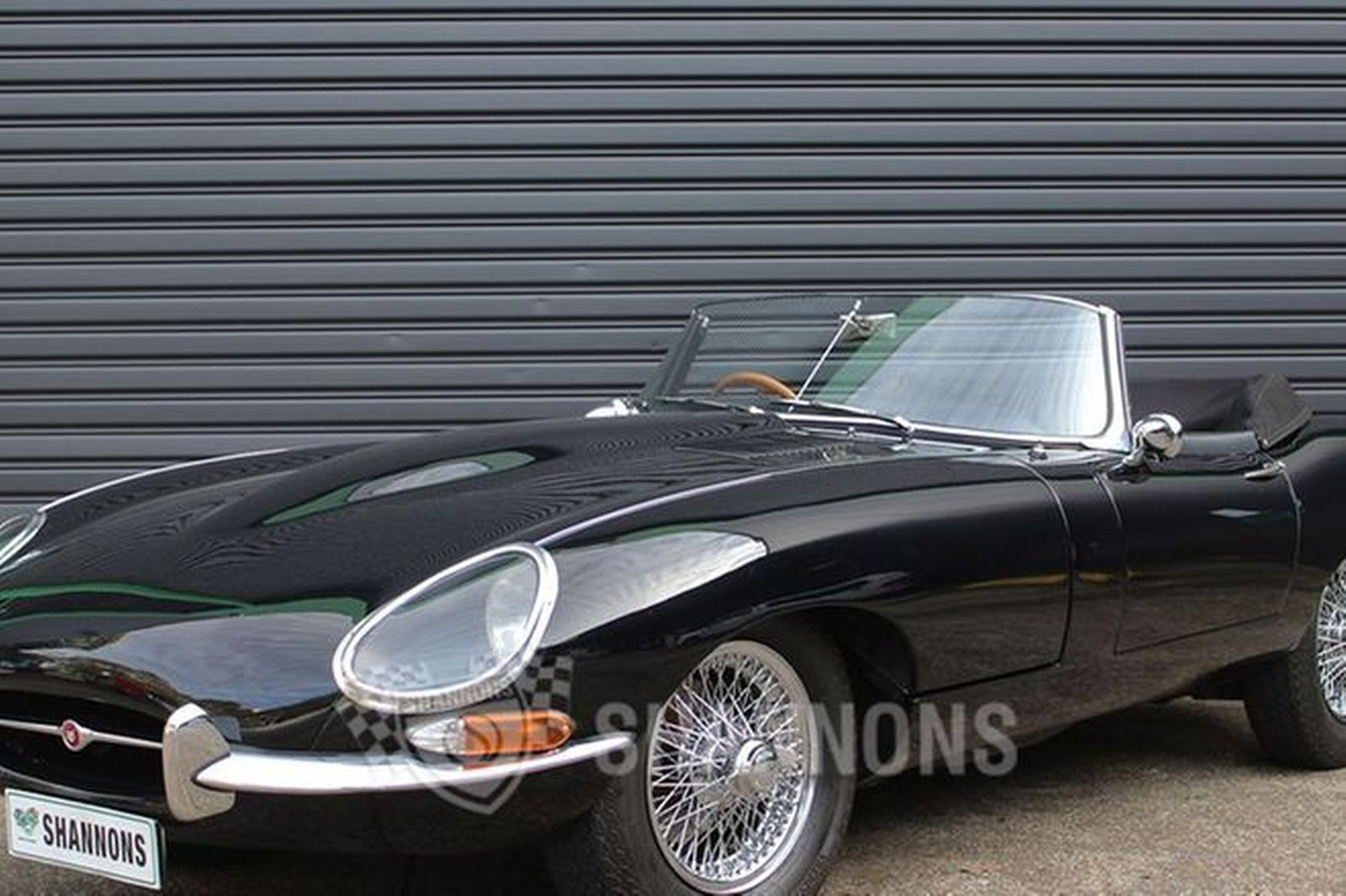 sold jaguar e type 3 8 series 1 roadster auctions lot 25 shannons. Black Bedroom Furniture Sets. Home Design Ideas