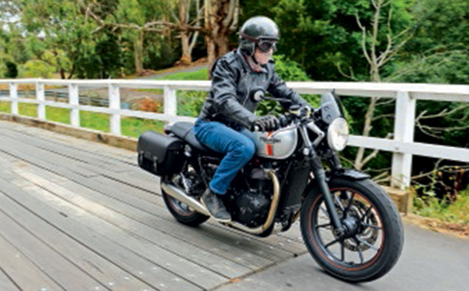 Triumph Street Twin The Bonnie Lives On With The Water Shannons Club
