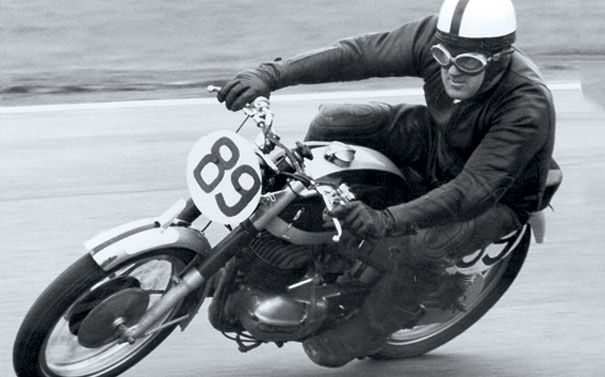 250 Production Action Gordon Doble At Oran Park In 1967