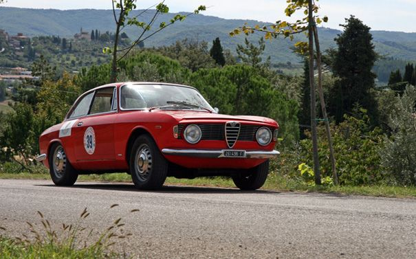 alfa romeo 105 coupe - essence of ferrari - shannons club