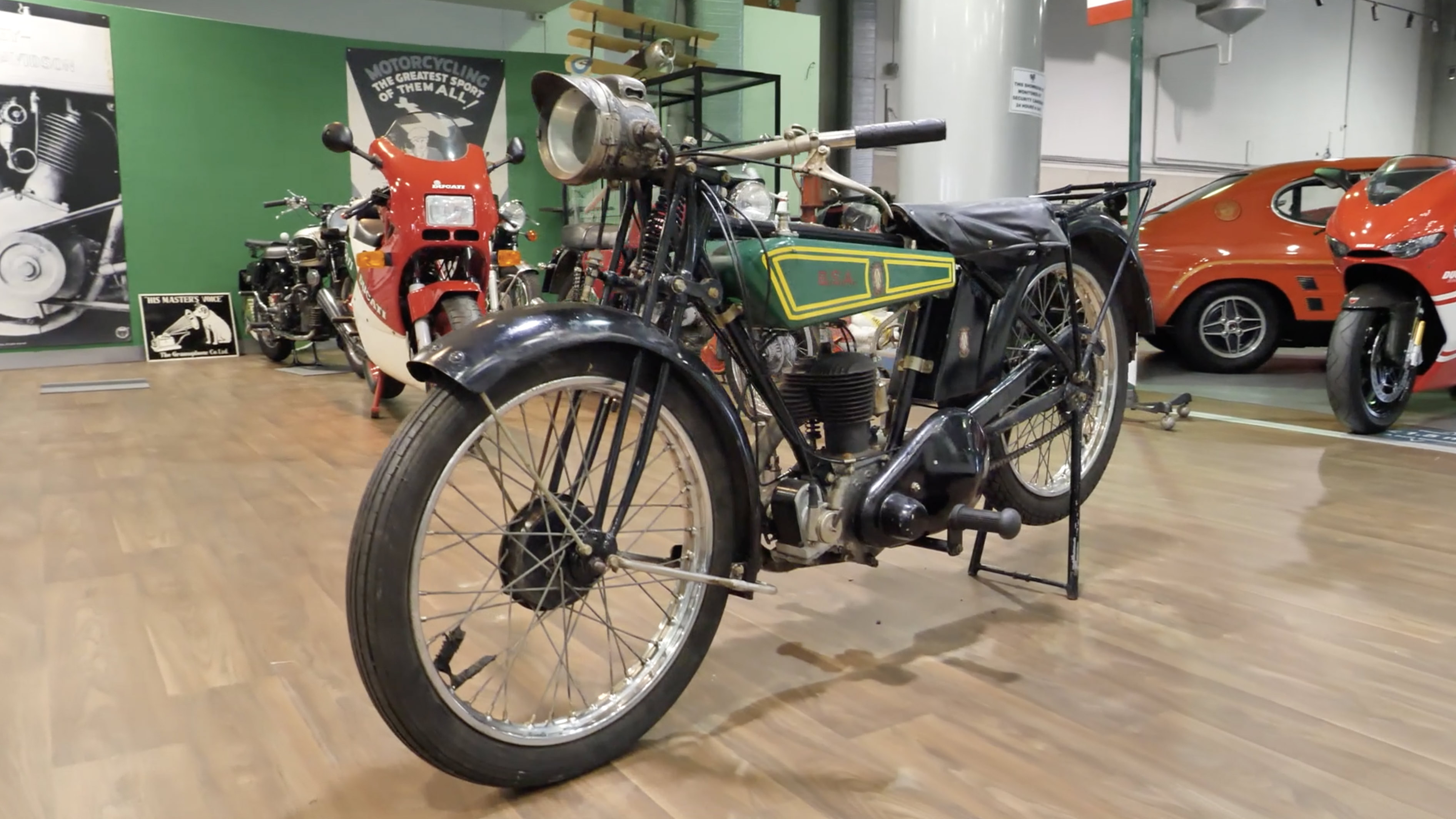 c1926 BSA DeLuxe 2.49HP 250cc Motorcycle - 2020 Shannons Spring Timed Online Auction