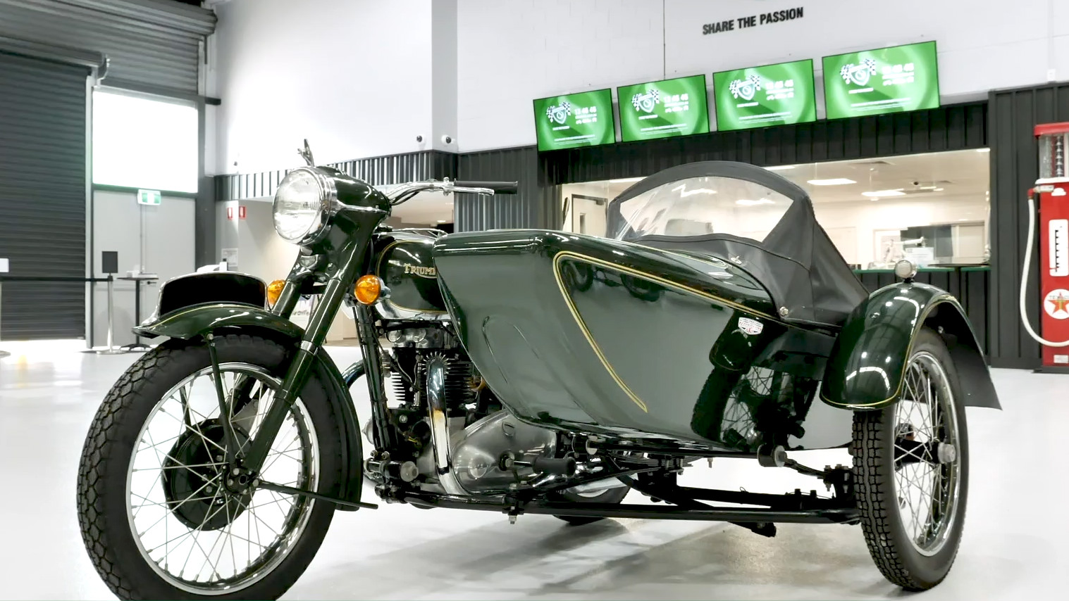 1952 Triumph Thunderbird 650 Motorcycle & Sidecar - 2021 Shannons Summer Timed Online Auction