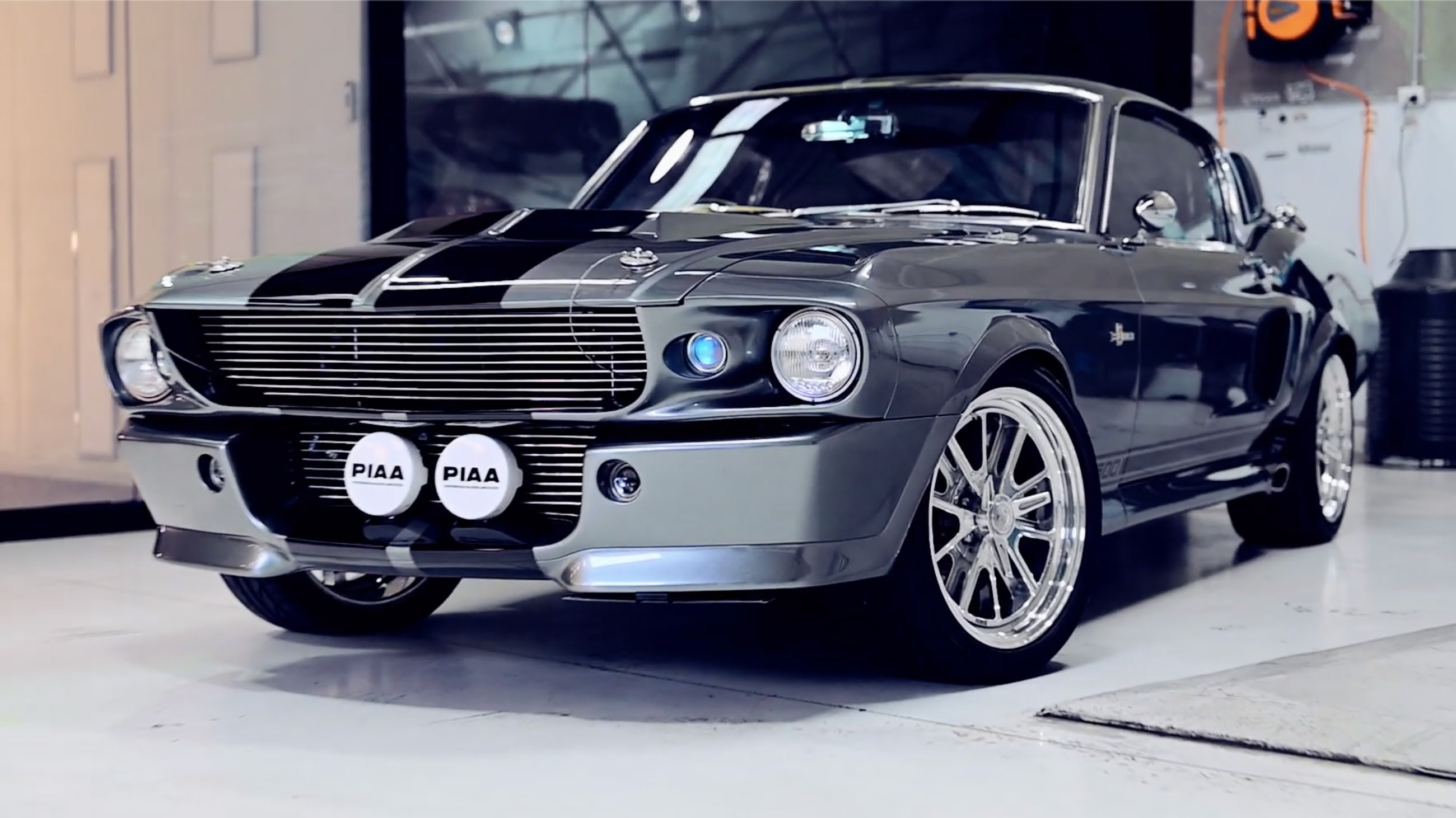 Shelby GT500 Eleanor - Detailing in sixty seconds