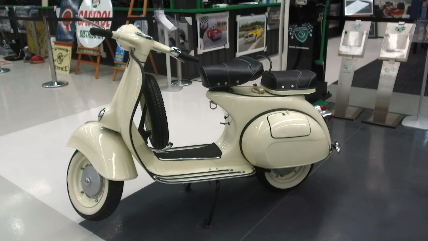 1961 Vespa Piaggio 150 Scooter - 2021 Shannons Summer Timed Online Auction